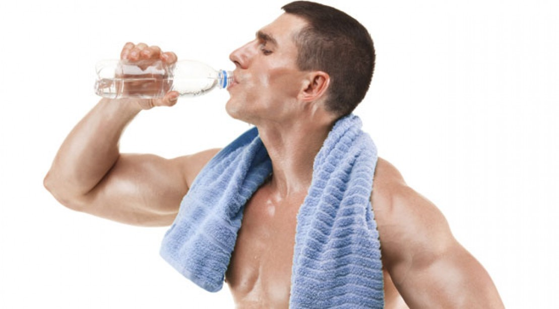 How Much Water A Man Should Drink Daily